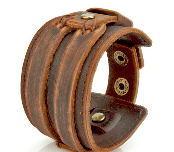 grovt läderarmband